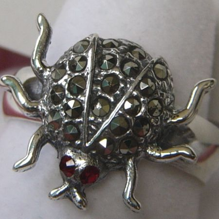 SIB6 - Sterling Silver Lady Bug Ring